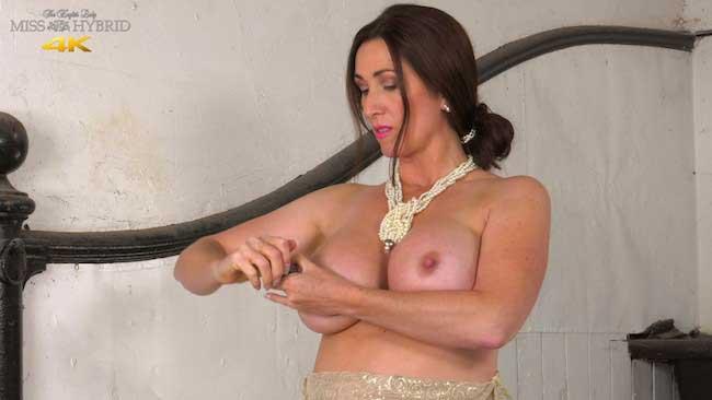 Miss Hybrid hard nipples and bigtits.